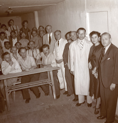 Jewish group portrait, Shanghai, China